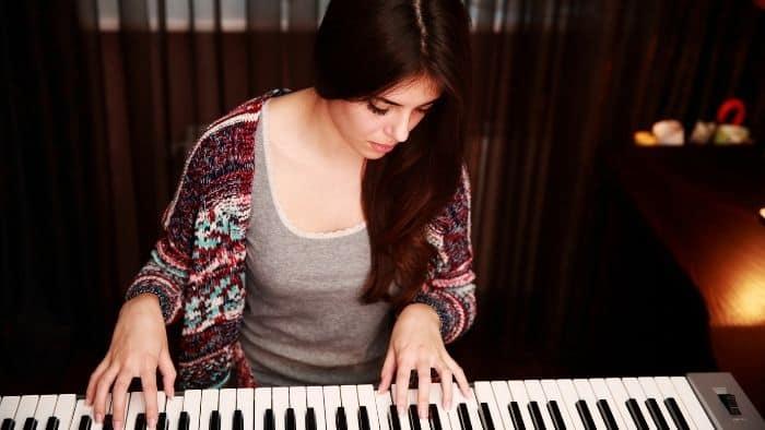 hobbies for teenage girls piano