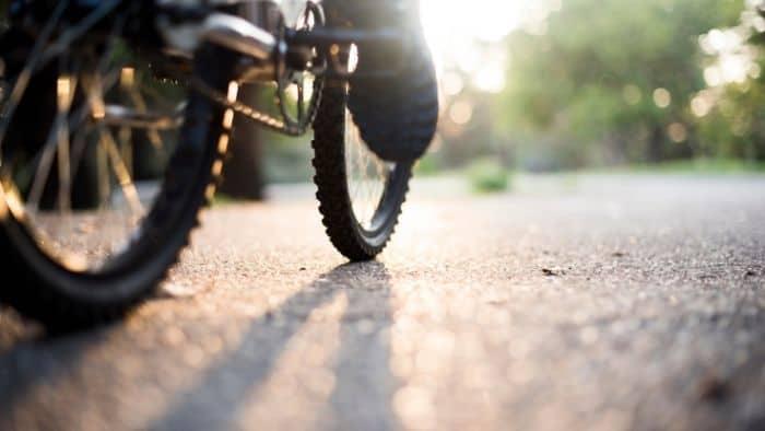first date ideas for teens - bike ride