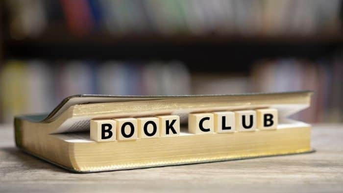 first date ideas for teens - book club