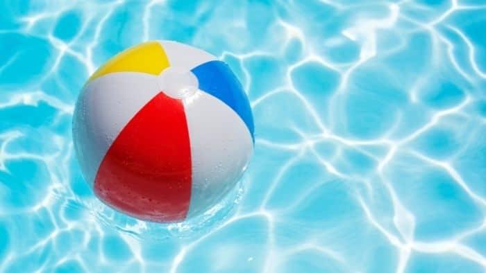beach ball squirt pool game