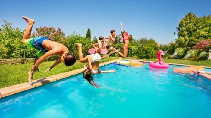 cannonball splash pool game