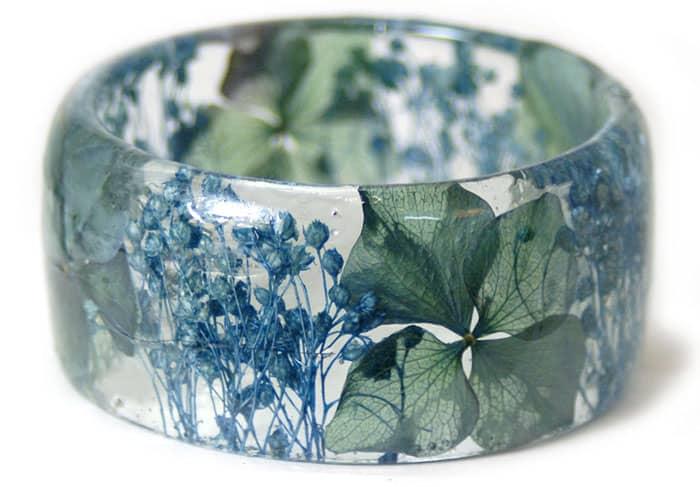 floral resin bracelet