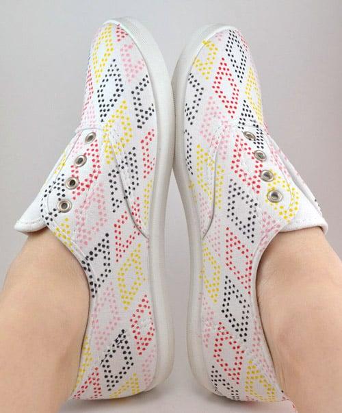 DIY dot patterned shoes