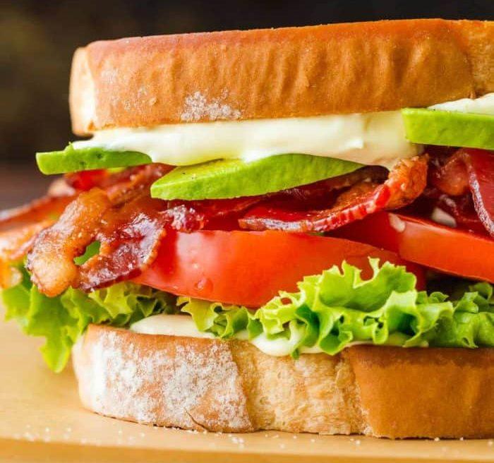 School Lunch Ideas For Teens BLT sandwich