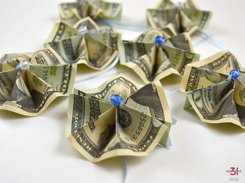 DIY money origami flowers