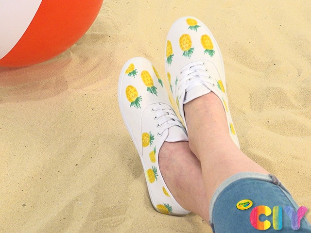 35 DIY Shoe Decorating Ideas