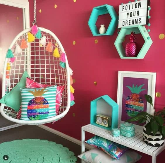 pink and blue room theme