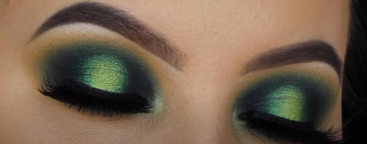 Emerald Green Smokey Eye Shadow Look
