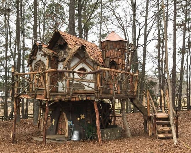 tinkerbell themed treehouse