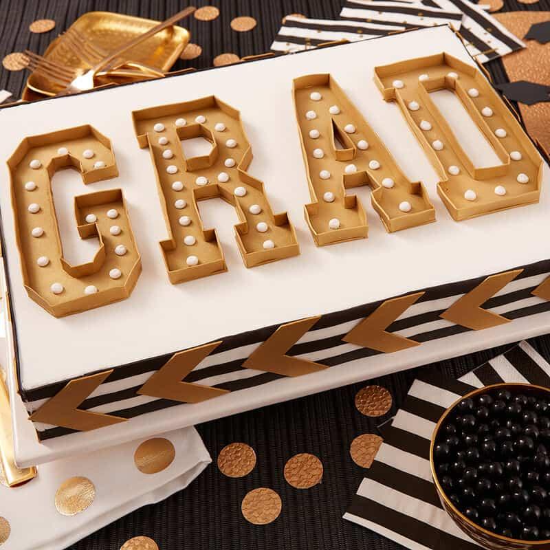 38 Best Graduation Cake Ideas